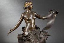 ♔ - Statuettes