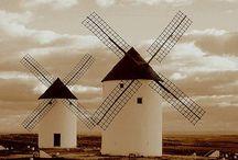 España / Una tierra de tierras, un país de países, una nación de naciones, una cultura de culturas, un lugar de lugares...España.
