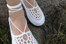 Crochet -- Zapatos y Carteras / by Luz C