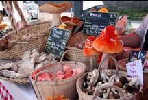 Fête du Manger Local / La Fabuleuse Fête du Manger Local, Port du Gros Caillou, entre le Pont des Invalides et le Pont de l'Alma. http://adrienperreau.over-blog.net/2014/09/manger-local.html