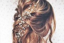 Bridal Hair / Ideas to inspire the bridal hairstyle you choose for your magnificent wedding day.