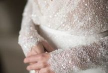 Breathtaking Wedding Gowns / Bridal Inspiration for beautiful wedding gowns which photograph well