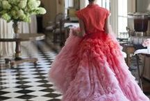 GORGEOUS DRESSES / The fairytale side of fashion | Gorgeous dresses, inspiring dresses, like a princess, Haute Couture, shining clothes