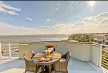 Luxury Georgia Vacations / A place of elegance and luxurious pleasures. St. Simons Island and Atlanta Georgia offer up luxury vacation rentals and cozy, refurbished hotel rooms with impeccable taste and love for the beauty of nature and midtown Atlanta.