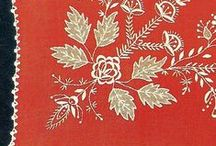 Haft kujawski / Haft kujawski - rodzaj haftu, którego główną cechą jest stosowanie krótkich ściegów, takich jak: sznureczek, ścieg atłaskowy wypukły, wałeczek, kładziony, dziergany, haft dziureczkowy[1].(wiki)