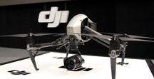 DJI Inspire / L'Inspire 1 è stata una rivelazione. Il primo drone cinema al mondo a integrare un sistema di trasmissione video ad alta definizione, 360 ° di rotazione del giunto cardanico e una fotocamera 4K, nonché la semplicità di controllo app. I lanci di X5 Zenmuse e telecamere X5R cementate ulteriormente l'Inspire come uno strumento critico per i registi di tutto il mondo.