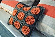 crochet pillows and blankets etc.. / by Päivi Haarala
