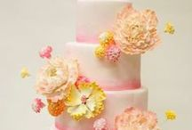 Wedding Cakes & Desserts / Cakes, cupcakes, and dessert bars to match every style and budget / by God's Knot