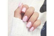 B e a u t y / Hair, nails & makeup