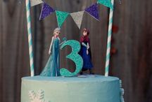 """Frozen Theme Party / So we can """"let it goooo"""""""