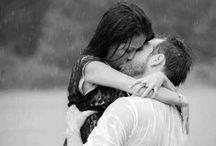 Love, love, love... / El motor del mundo, la alegría de los corazones. Dicen que es amor lo único que el ser humano necesita para ser feliz...