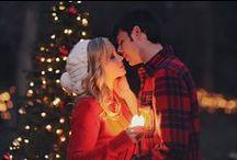 Dulce Navidad / Llega la Navidad, blanca Navidad. Especial, entrañable, mágica. La época del año en la que los sueños se vuelven realidad. En la que creer es poder. En la que se cumplen los deseos...
