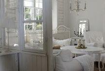 White shabby interia