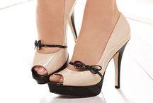 Scarpe / Adoro le scarpe con i tacchi, ma non le so indossare e camminare!!!