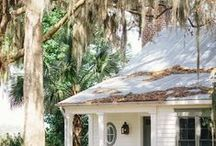 Charleston / And Lowcountry Environs | American South