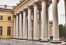 Palacio Alejandro / El Palacio Alejandro en San Petesburgo, fue la residencia habitual del Emperador Nicolás II y su familia hasta el verano de 1917.