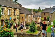 Bretana / La región de Bretaña es una de las más lindas de Francia. Con sus jardines y los castillos, sus paisajes maravillosos y su gastronomía, estás seguro que encontrarás mucho que hacer y que descubrir en tus vacaciones.