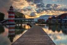 Alemania / Alemania es un paraíso para los amantes de los deportes naúticos, la naturaleza y la tranquilidad. Es un lugar increíble. Nuestras bases en las regiones del Mecklenburgo y del Brandenburgo te llevarán a las entrañas de una de las reservas naturales: el Lago Müritz.