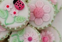 Fabulous Sweets / by Patty Marty