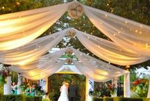 Decoración de bodas (Wedding & Event Decoration) / Hacer cosas bonitas es lo nuestro, y por eso sacamos el máximo partido al espacio de tu boda o fiestón. No dejes de inspirarte con las fotos que hemos elegido para ti.
