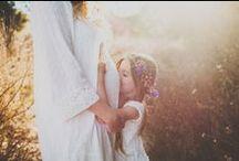 Sesiones baby / Las sesiones de fotos de embarazadas nos parecen de lo más tiernas. Por eso no podemos dejar de mirar estas fotos tan amorosas.