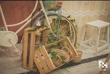 Estilo de boda: RÚSTICO / Un granero, mucha madera y flores. Las bodas rústicas están a la última moda, y es normal, ¡son tan bonitas!