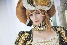 fantasy / 現実的ではない、幻想的な装いもの。力強さを感じるものを主に。