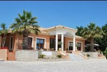 Hotel / 9 Muses Hotel Kefalonia gardens provide cool breezes, fragrant flowers and a great relaxed atmosphere, as well as beautiful photographs of your special day.