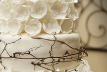 Wedding Cakes / Create a delicious wedding cake that will delight your guests. Wedding cakes ideas pictures for you.