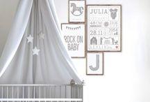 Babyzimmer Deko und Kinderzimmer Ideen / Hier gibt es Inspirationen, Tipps und Tricks zur Dekoration vom ersten Babyzimmer bis zum coolen Kinderzimmer. Design Poster für hippe Kinderzimmer und süße Babyzimmer, lass dich inspirieren und erstelle Deine eigenen Poster online mit Printcandy