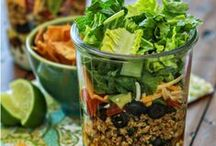 Mason Jar Meals / Delicious ways to make your meals in a mason jar! Find Ball mason jars of all kinds at your local #RockysACE rockys.com