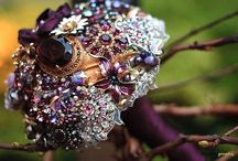 Brooch and Flower bouquets / Beautiful wedding bouquets