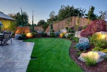 Backyard / Landscaping, deck and patio inspiration to make your backyard beautiful.