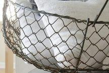 Wire Baskets / Wire basket etc.