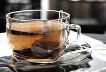 My cup of tea <3 Du bon thé, bien préparé comme dirait Alice ! / From Morocco to Japan, my passion for tea ! Et à en boire au moins 2 L par jour, j'ai la magnifique opportunité d'en goûter des variétés et des parfums insoupçonnables <3 Mon fournisseur préféré ? LE PALAIS DES THÉS À BRUXELLES <3  / by K. Ryma