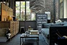Nutka Industrializmu // Hint of Industrialism / Pomieszczania urządzone w stylu industrialnym, charakteryzują się akcentowaniem przestrzeni. Wysokie pofabryczne pomieszczenia i surowe, minimalistyczne dekoracje - tym właśnie jest styl industrialny.