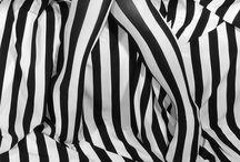 Black and White / by Loreen Álvarez Browne🌷