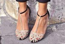 Fashion / Shoes, dresses, handbags, etc.
