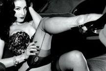 Burlesque Articles