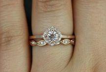 Anillos de Boda | Wedding rings / Anillos de compromiso, anillos de boda | Engagement rings, wedding rings, princess cut, cushion cut, pear cut, round cut, radiant cut.