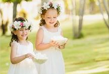 Pajes de boda | Ringbearers and flower girls / Vestidos y trajes para pajes de bodas, pajecitos de boda | Ringbearers and flower girls outfit.