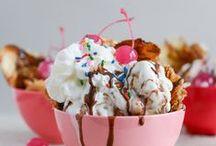 Ice cream Sundaes / Ice creams in all their glory