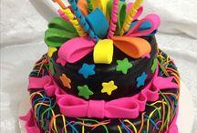 Bolos feitos por mim! / Alguns dos bolos que fiz para minhas cliente.Um trabalho que amo,como todos os outros .