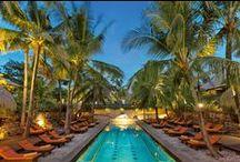 Entdeckt das Novotel Bali Benoa / Das wunderschöne Novotel Bali Benoa mit direkter Strandlage verfügt über 2 Komplexe mit 187 Wohnräumen.   Es bietet außerdem 3 Pools, 3 Restaurants, 2 Bars, Kinderclub, Fitnessstudio und Spa.  Gäste sind von der Mischung aus landestypischer Bauweise mit moderner Ausstattung begeistert und loben das überaus freundliche und hilfsbereite Personal!   Weitere Informationen und Angebote sind auch zu finden unter http://bit.ly/1mXvkLT.