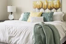 Staging: How to Dress a Bed / Master Bedrooms sell homes! Make sure your bed looks luxurious. Great examples of how your beds should look for showings and open houses.