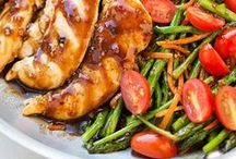 Easy 30 Minute or One Pot Meals / Recipes for meals that can be made in under 30 minutes, or in one pot or skillet for easy clean-uo.