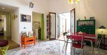 Mad in Ballarò B&B / Mad in Ballarò B&B and Design si trova in un appartamento completamente ristrutturato e dotato di grande privacy, nel centro di Palermo. Arredato dai lavori di artisti e designers locali, è così suddiviso: due coloratissime stanze comuni per la colazione e il relax, soggiorno e terrazzino, e due camere da letto con bagno in camera. #palermosicily #travel #italy #bedandbreakfast