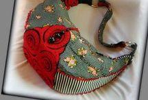 Pöttyös-csíkos bohém táska - Judy Majoros / Újrafelhasznált alapanyagokból kézzel készült egyedi bohém táska. Megtekinthető még a www.facebook.com/judymajorosdesign oldalon. Köszönöm az érdeklődést! :) Handmade by Judy Majoros -Polka dots-striped-floral boho bag. Black and red felt applique.Beaded bag. Recycled bag