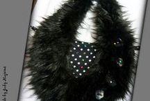 Fekete szőrmés-pöttyös táska - Judy Majoros / Újrafelhasznált alapanyagokból kézzel készült egyedi kézitáska. Megvásárolható:http://www.meska.hu/ProductView/index/1055943 vagy a www.facebook.com/judymajorosdesign oldalakon. Köszönöm az érdeklődést! :)  Handmade by Judy Majoros- Black -white Polka dots handbag 2in1. Crossbady bag. Faux fur bag.Beaded handbag. Recycled bag