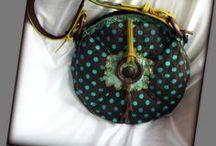 Pöttyös körtáska - Judy Majoros / Újrafelhasznált alapanyagokból kézzel készült egyedi körtáska. megtekinthető még: a www.facebook.com/judymajorosdesign oldalon. Köszönöm az érdeklődést! :) Handmade by Judy Majoros - Brown-turquoise Round polka dots bag. Leather strap. Recycled bag